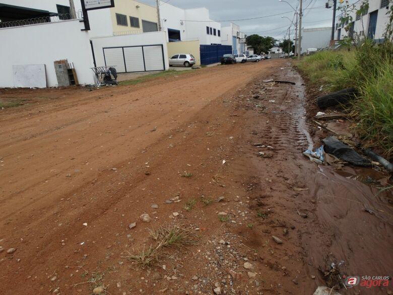 Reivindicação antiga de empresários e funcionários, ruas do Parque São José não contam com pavimentação. (Assessoria Sérgio Rocha) -