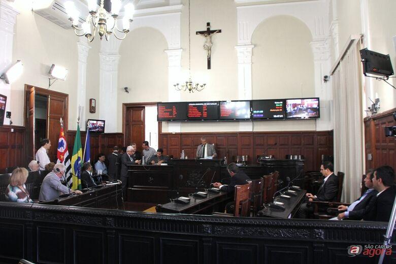 Plenário da Câmara durante sessão que aprovou a LDO-2016 em primeiro turno no último dia 18 -