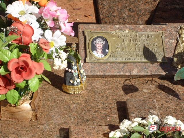 Maiara foi sepultada do distrito de Santa Eudóxia. (foto Pedro Maciel). -