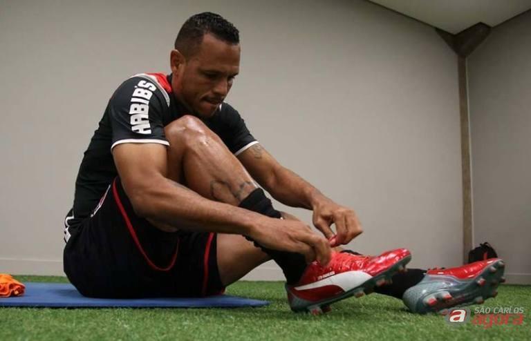 Luis Fabiano deve ser uma das novidades no Tricolor que tentará surpreender o Coritiba. Foto: Facebook/São Paulo FC -