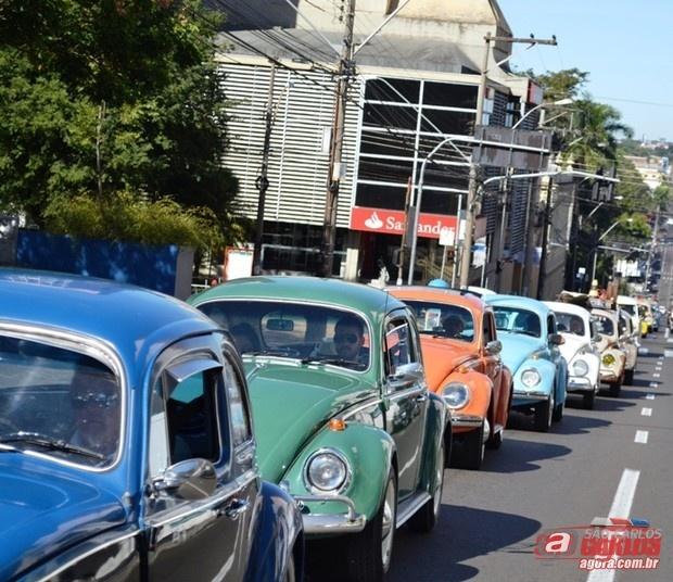 O Sanca Clube Carros Antigos inicia oficialmente neste sábado, 4, com uma carreata, a campanha que visa arrecadar fraldas geriátricas que serão doadas para entidades assistenciais de São Carlos. A ação social irá até o dia 31 deste mês. De a -