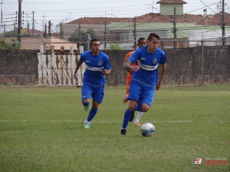 Lance do jogo em que o São Carlos bateu o Elosport no Luisão. Foto: Marcos Escrivani -