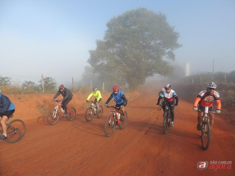 Ciclistas durante o Caminho de Aparecida. Prazer e qualidade de vida. Foto: Divulgação -