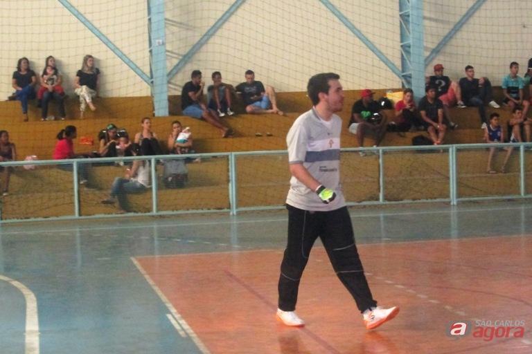 Guilherme Barbosa pegou tiro livre a segundos do final e garantiu vitória. Foto: Gustavo Curvelo/Divulgação -
