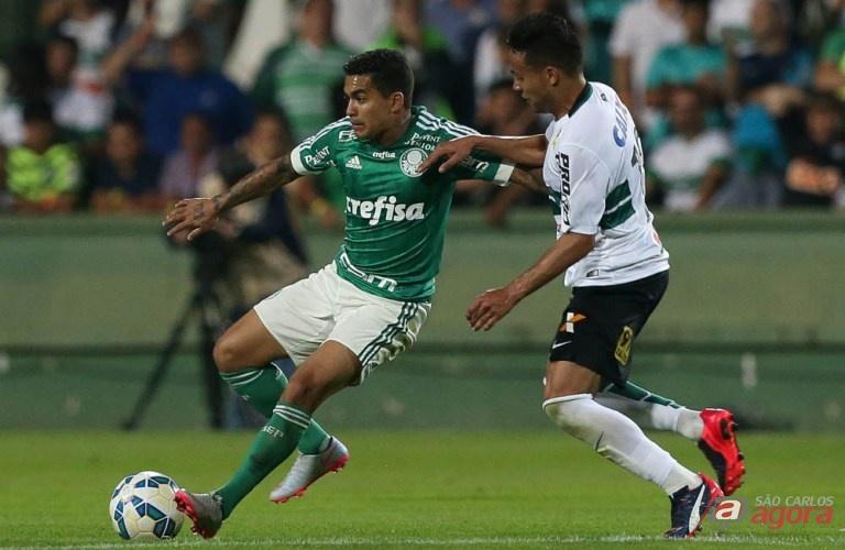 Dudu teve uma péssima apresentação e foi um dos responsáveis pela derrota palmeirense. Cesar Greco/Agência Palmeiras/Divulgação -