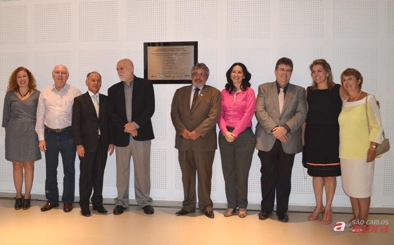 Autoridades na inauguração do Centro de Pesquisas em Materiais Avançados e Energia. Foto: Beatriz Maia -