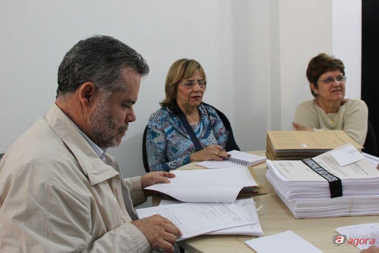 Vereadores Lineu Navarro, Cidinha do Oncológico e Laíde Simões. (Assessoria de Imprensa CMSC) -