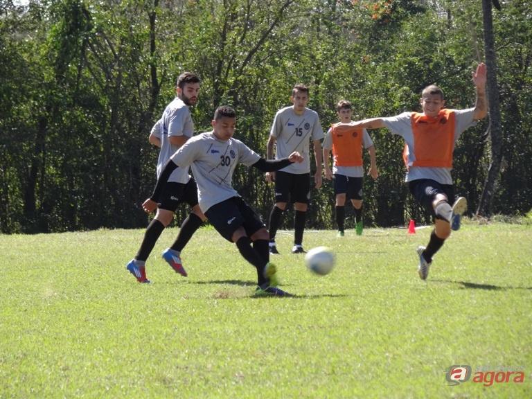 São Carlos durante os treinos. Equipe está focada em mais uma vitória na manhã deste domingo no Luisão. Fotos: Marcos Escrivani -