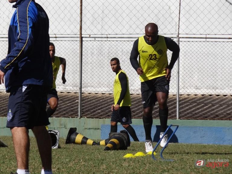 """Nos treinos, Dudu dedica-se ao máximo para não decepcionar no domingo. """"Quero fazer o meu"""". Foto: Marcos Escrivani -"""