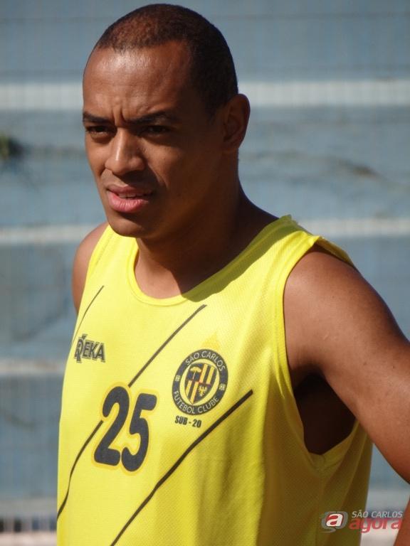 Viola é um dos reforços do São Carlos para a segunda fase da Série B. Foto: Marcos Escrivani -