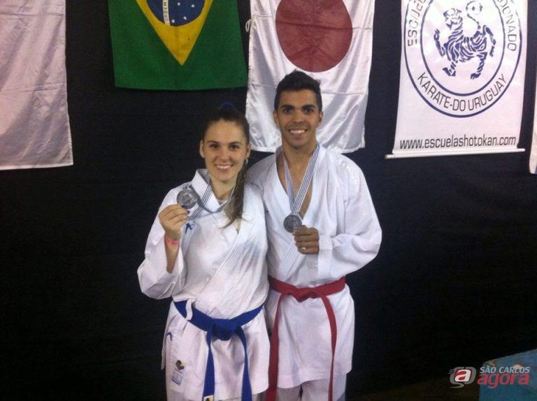 São-carlenses comemoram a conquista de medalhas em Maldonado. Foto: Divulgação -