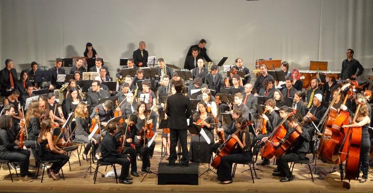No Sesc, a Orquestra apresentará um repertório de músicas populares brasileiras com arranjos muito especiais. Foto: Divulgação -