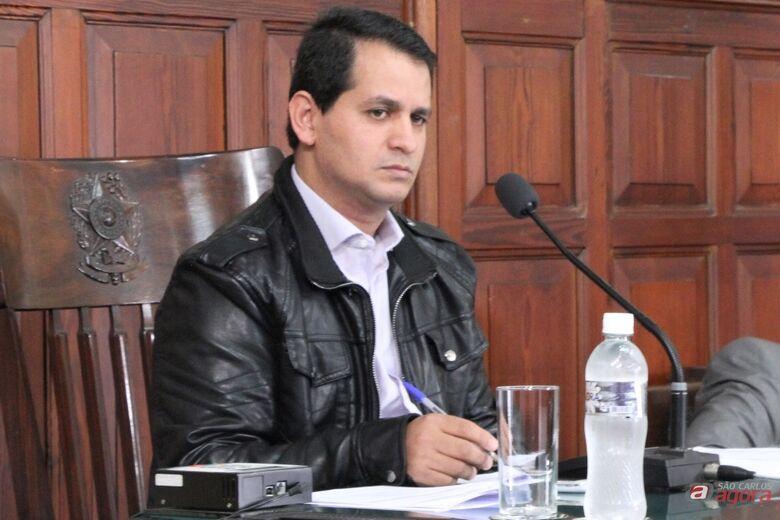 Roselei Françoso vai presidir audiência pública sobre problemas com ticket refeição de funcionários públicos municipais. (Assessoria de Imprensa CMSC) -