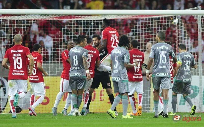 Palmeiras teve mais oportunidade de gols e uma partida bem disputada. Alexandre Lopes/Internacional -