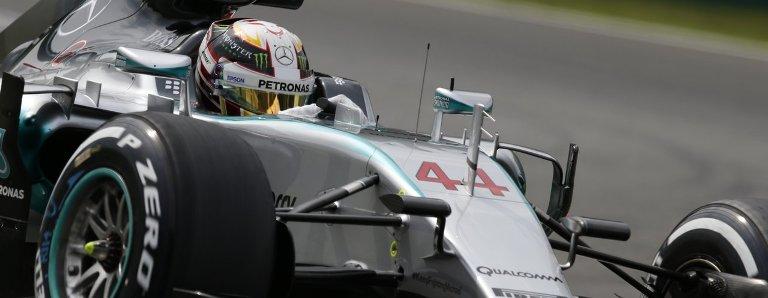 Hamilton dominou a corrida de ponta a ponta e disparou na classificação. Foto: site Mercedes -