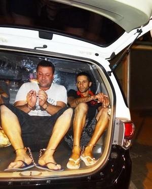 Pai e filho foram presos após investigação da DIG. (foto Luciano Lopes) -