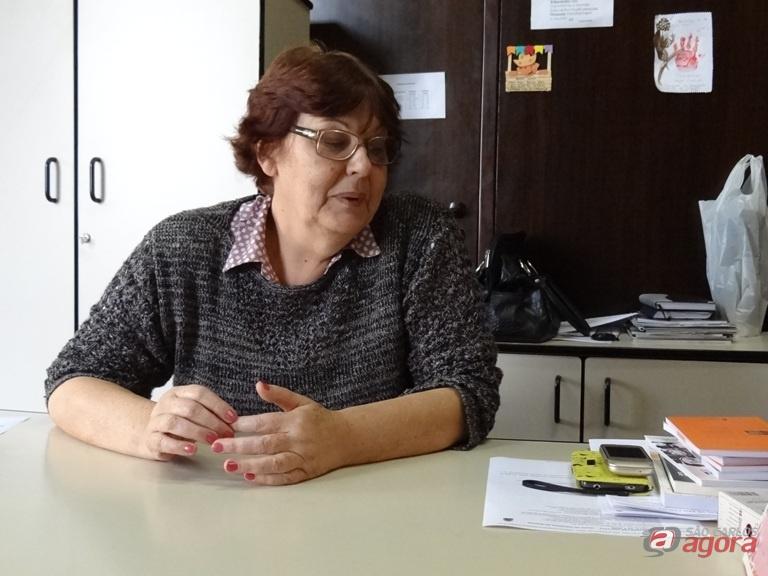 Regina Célia, secretária de Educação, pediu exoneração do cargo. (foto Marcos Escrivani) -