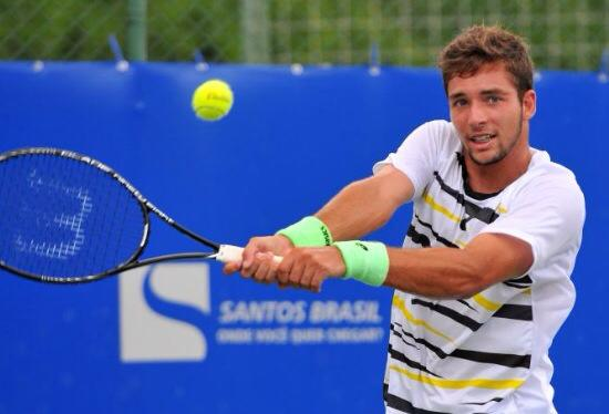 Depois de vencer três jogos para passar o quali, Gabriel Tumasonis foi superado pelo boliviano Murkel Velasco. Foto: João Pires/FotoJump -