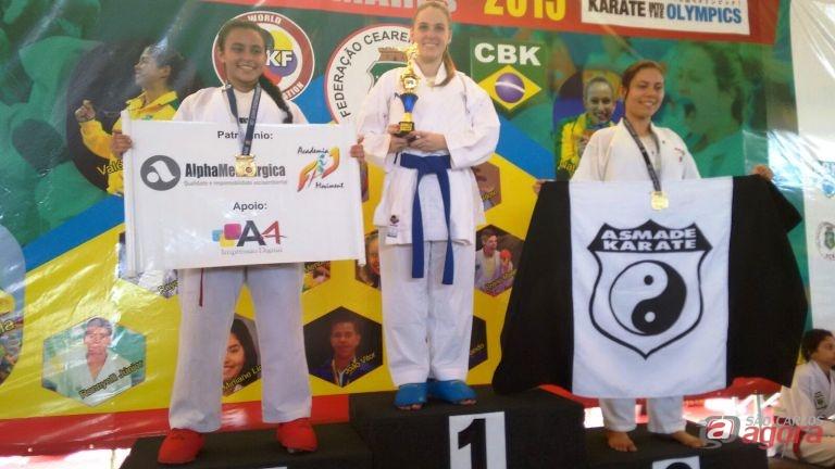 Em sua categoria, Gabi Seppe conquistou a medalha de ouro. Foto: Divulgação -
