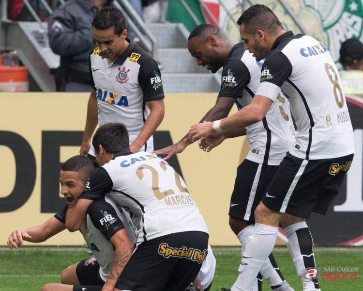 Líder, o Corinthians vai até Campinas enfrentar a Ponte Preta. Foto: Daniel Augusto Jr/Agência Corinthians -