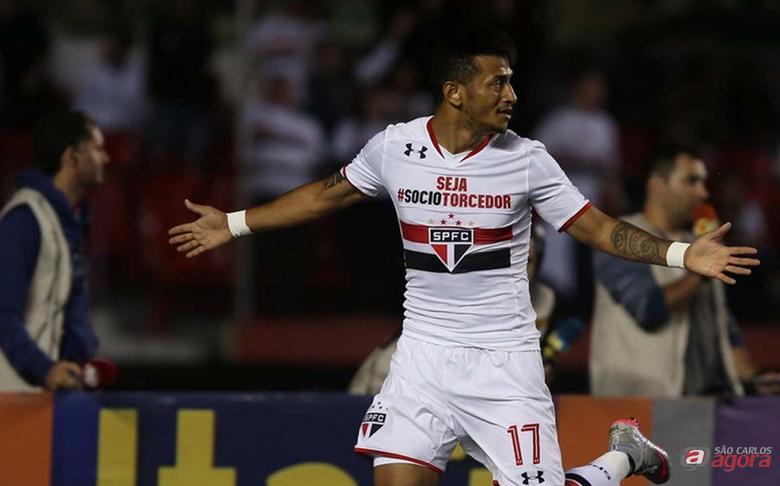 Rogério marcou o gol que deu a vitória ao São Paulo. Foto: Rubens Chiri/saopaulofc.net -