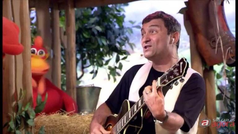 Hélio Zizkind no programa Cocórico, exibido pela TV Cultura. Foto: Divulgação -
