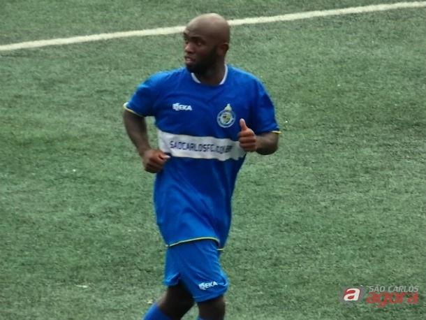 Daisson marcou o gol que garantiu o empate em Taboão da Serra. Foto: Rovanir Frias/SCFC -