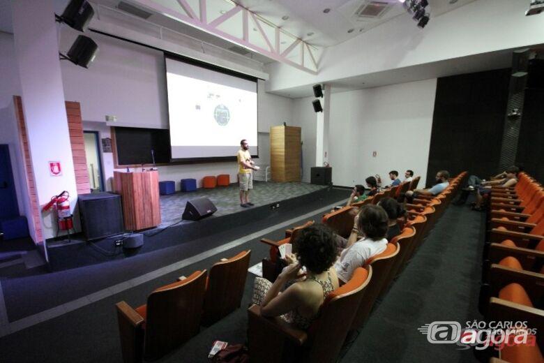 Seminário de Coisas Legais foi uma das atrações da Virada Científica no ICMC. Foto: Divulgação -