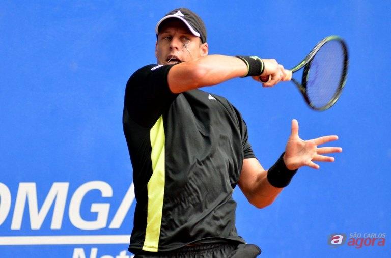 Em busca de uma vaga na chave principal do torneio, Hocevar encara mais um talento da nova geração, João Menezes. Foto: João Pires/FotoJump -