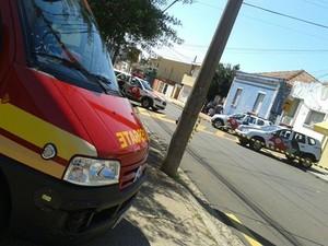 Quarteirão foi cercado durante a negociação. (foto Maycon Maximino) -