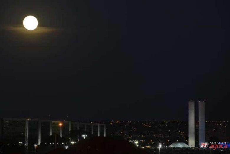 No solstício de inverno, o Hemisfério Sul registra a noite mais longa do ano -