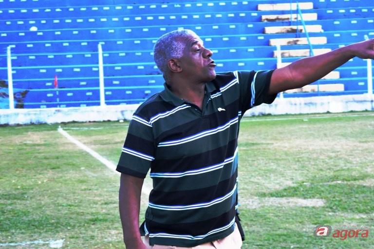 Treinador ficou no 0 a 0 contra o Independente, equipe do G4 da Taça Paulista. Foto: Gustavo Curvelo/Divulgação -