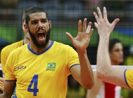 Wallace comemora ponto do Brasil na vitória sobre o México. Foto: Reuters/Marcelo del Pozo -