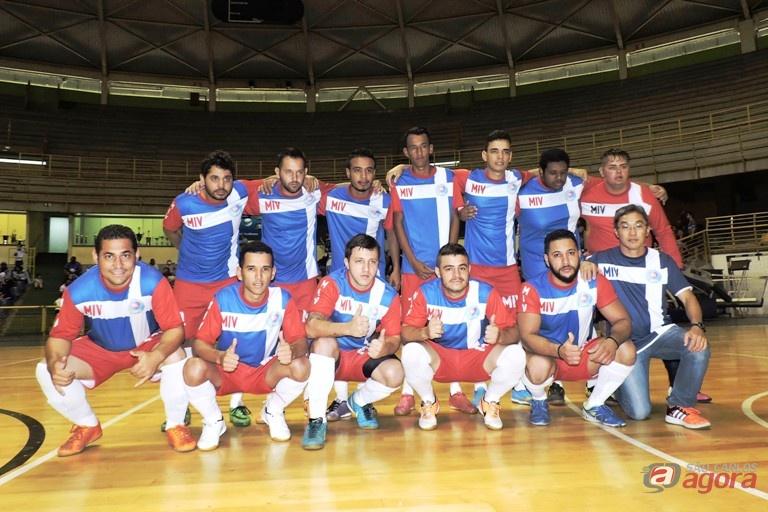 Equipe vice-campeã da Série B do futsal em 2016 é estreante no futebol de campo. Foto: Gustavo Curvelo/Divulgação -
