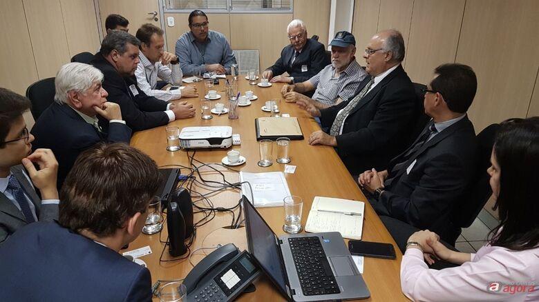 Em Brasília Airton Garcia trabalha para finalização do processo de internacionalização do aeroporto -