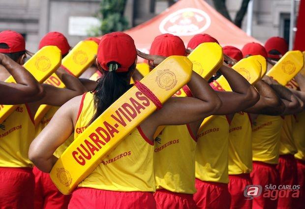 Bombeiros-SP abrem 600 vagas em várias cidades do estado -