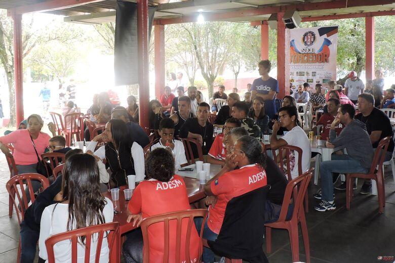 Mais de 100 pessoas prestigiaram o evento, ocorrido no Sindicato dos Metalúrgicos. Foto: Gustavo Curvelo/Divulgação -
