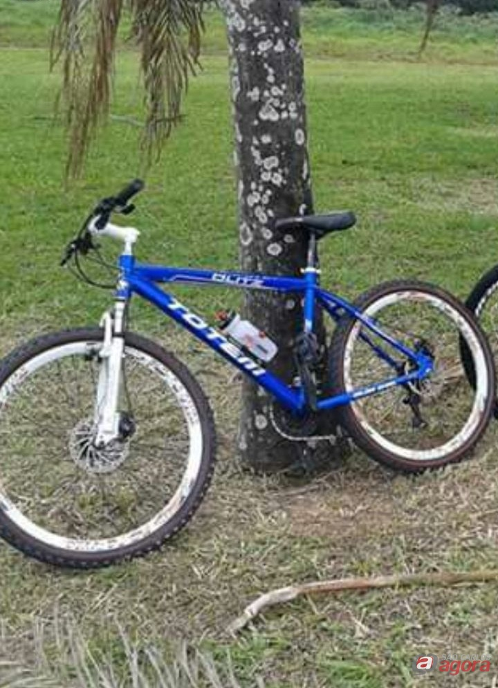 Câmera de segurança registra furto de bicicleta no Centro -