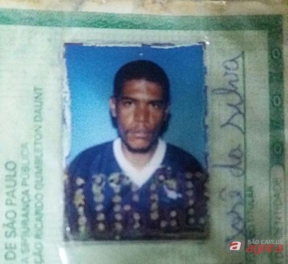 Homem é morto a pedradas e tem corpo queimado em Ibaté -