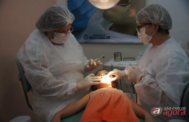 Programa Sorriso Legal leva saúde bucal para alunos de escolas municipais -