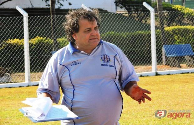 Time do treinador Valdir Robles enfrenta o Caieiras no sábado, 11. Foto: Gustavo Curvelo/Divulgação -