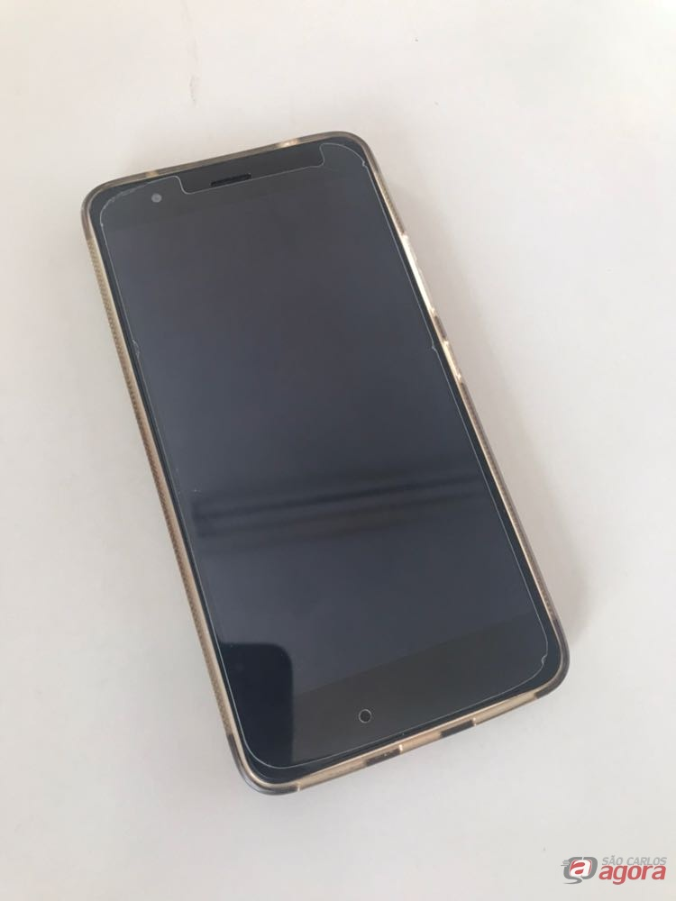 Adolescente é acusado de furtar celular no SENAC -