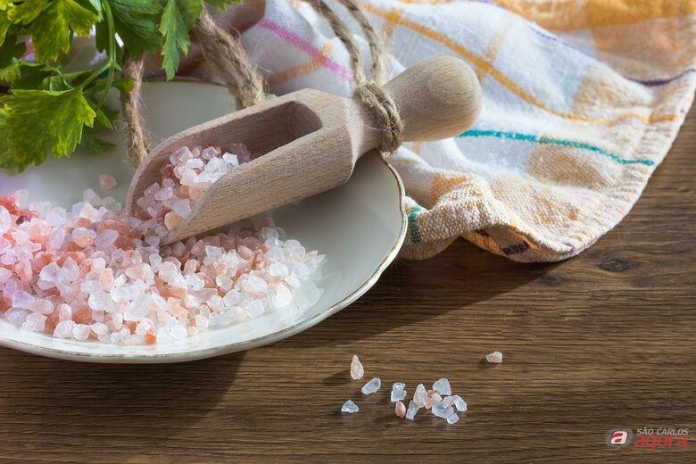 UFSCar realiza pesquisa inédita sobre sal do Himalaia  -