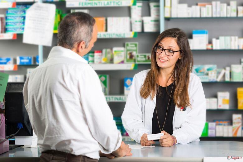 Curso profissionalizante de atendente de farmácia, auxiliar de laboratório de análises clínicas e auxiliar veterinário estão com inscrições abertas -