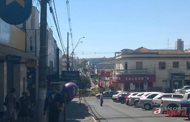 Comércio de São Carlos terá horário especial em dezembro a partir de sábado (2) -
