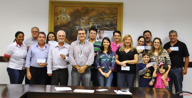 Prefeitura entrega prêmio de R$ 50 mil pelo Nota Fiscal Legal -