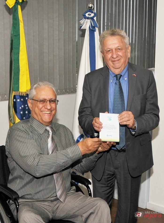 Tundisi se reúne com presidente do CNPq para discutir conclusão do CITESC -