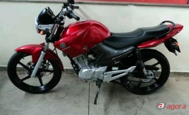 Proprietária pede ajuda para encontrar moto furtada na frente da maternidade -