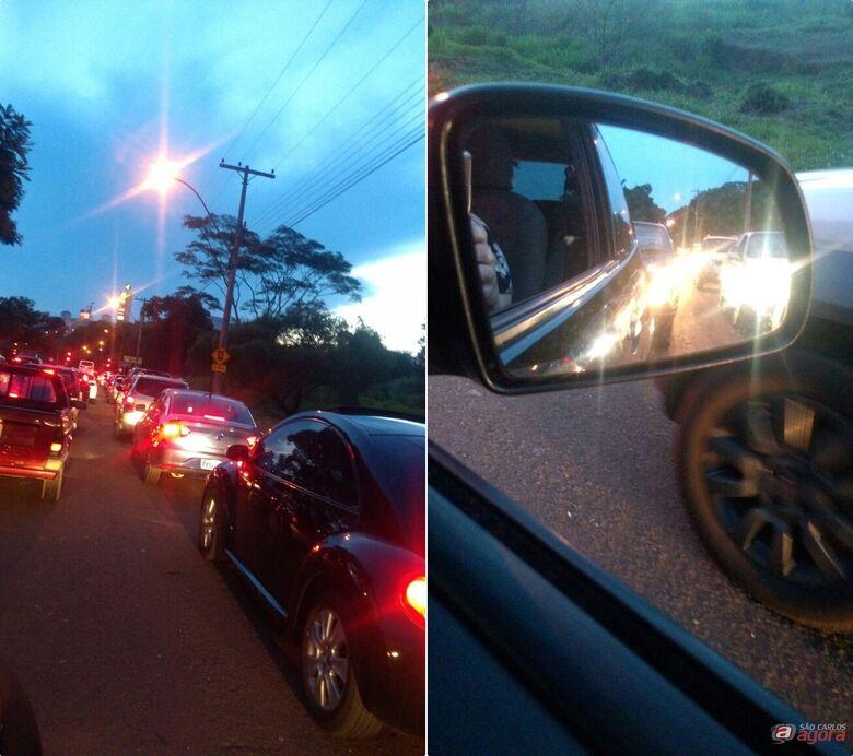 """Após fim da """"direita livre"""", trânsito fica congestionado na região da rotatória do Cristo -"""