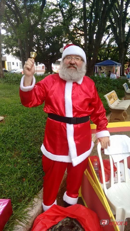 Praça XV recebe Papai Noel neste domingo (17) -